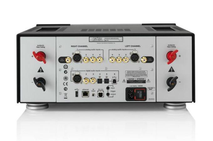 675-ml_585-amplifer_back_rt_wtm-25x25_b64ab9517a.jpg